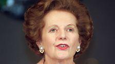 """""""Maggie"""" Thatcher, Baroness Thatcher of Kesteven, war von 1979 bis 1990 Premierministerin - bislang die einzige Frau in dem Amt. Als Margaret Hilda Roberts wurde sie am 13.10.1925 in Grantham (Lincolnshire) geboren."""