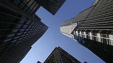 Es beginnt Mitte Juni 2007 - zwei Hedgefonds der US-Bank Bear Stearns erleiden schwere Verluste.