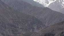 Mit 8125 Metern ist er der neunthöchste Gipfel der Erde.