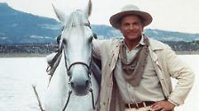 Terence Hill hat sich als Schauspieler in brutalen Italo-Western und dann als Komödiant im Sattel einen Namen gemacht.