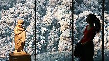 Die Einwohner Pompejis ersticken oder werden von Gesteinsbrocken erschlagen.