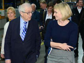 Rainer Brüderle traf immer wieder auf die Journalistin Heidenreich.
