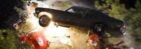... wird der Stuntman, nachdem er von einem der Mädchen angeschossen wird, zum Gejagten. Letztlich stirbt der Killer gemeinsam mit seinem Dodge Charger.