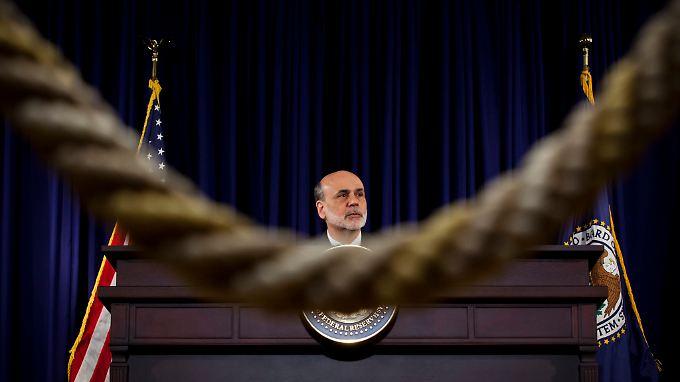 Bernanke bleibt bei seinem eingeschlagenen Weg: Lockere Geldpolitik bis die US-Konjunktur nachhaltig wächst.