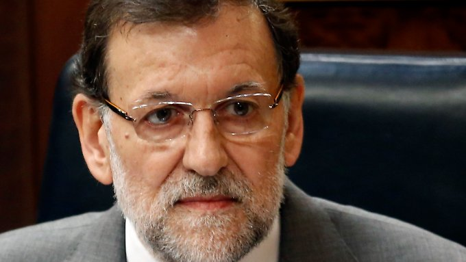 """Rajoy hat eine """"harte Hand"""" gegen jede Unregelmäßigkeit angekündigt."""