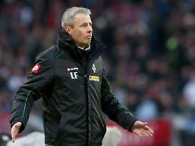 Neun Pflichtspiele ohne Niederlage, dann kam Nürnberg: Gladbach-Coach Favre nahm es ungern zur Kenntnis.