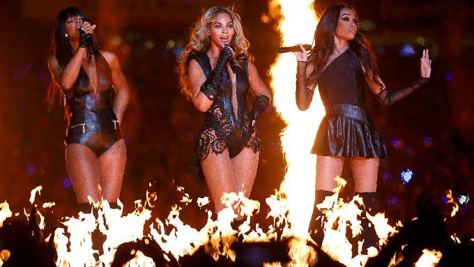 Heiße Nummer: Beyonce mit ihren Destiny's-Child-Mädels beim Superbowl.