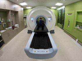 Strahlentherapie: Kombiniert mit einer Ernährungsumstellung ist sie wirkungsvoller, sagt Coy.