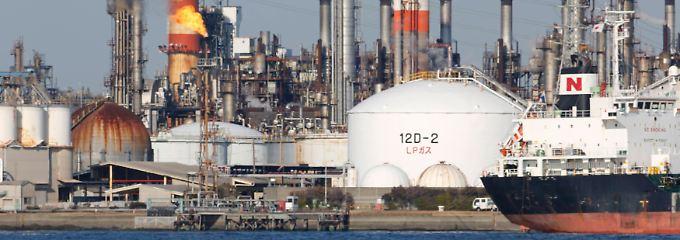 Ein Rückfall in die Krise dürfte mittelfristig die Ölnachfrage drosseln.
