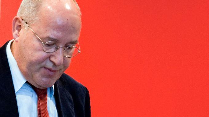 Gregor Gysi ist wegen angeblicher Stasi-Verwicklungen erneut in Bedrängnis geraten.