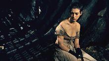 """Anne Hathaway spielt die Fantine in """"Les Misérables"""" - dafür musste sie tagelang hungern."""