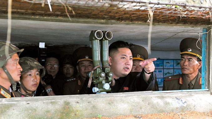 Die nukleare Aufrüstung wird mit einer angeblichen Bedrohung durch die USA gerechtfertigt.