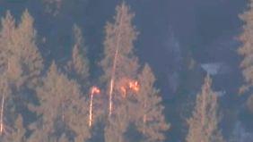 Unklar ist auch die Ursache des Feuers in der Hütte.