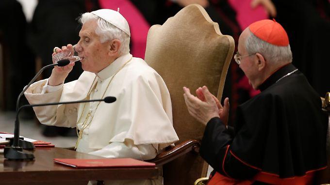Papst Benedikt XVI. wird bejubelt, wo immer er auftaucht.