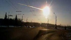 Meteoritenschauer über dem Ural: Druckwelle sorgt für Chaos