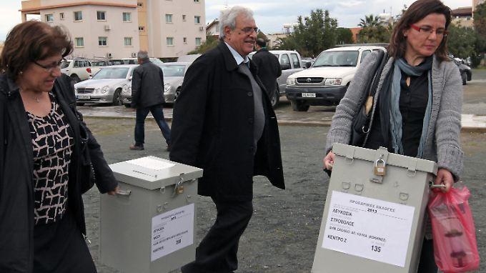 Wahlvorbereitungen in Nicosia. Auch bei der Präsidentschaftswahl steht die wirtschaftliche Situation im Mittelpunkt.