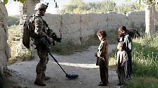 Diskretes Flüstern am Arbeitsmarkt: Der Einfluss der Rüstungslobby