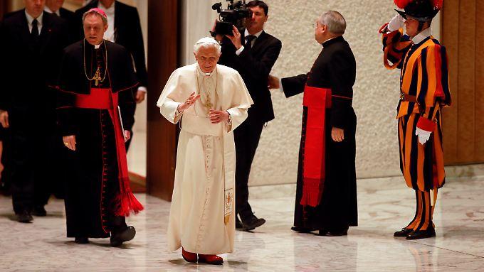 Papst Benedikt wird seinem weißen Outfit treu bleiben.