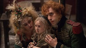Helena Bonham Carter und Sacha Baron Cohen sorgen als Gaunerpärchen für Unterhaltung.
