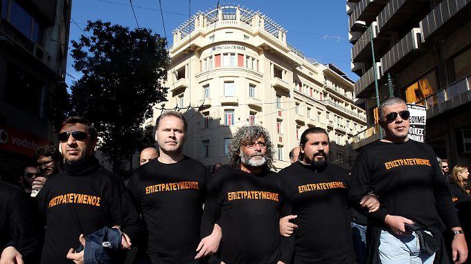 Immer wieder kommt es zu Protesten gegen die Sparmaßnahmen in Griechenland. (Archivbild)