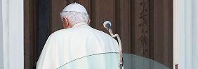 Benedikt XVI. ist nun emeritierter Papst: Der Stuhl Petri ist leer