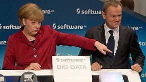 Startschuss für die Cebit: Merkel testet Technik-Neuheiten