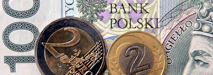 """Den Blick fest auf den Euro gerichtet: """"Die Entscheidung, beizutreten oder nicht, sollte schnellstmöglich nach den Wahlen im Jahr 2015 getroffen werden."""""""
