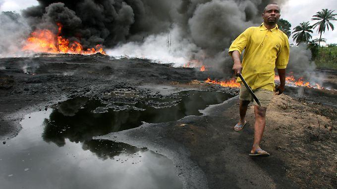 Tödliches Öl im Nigerdelta: Bewohner leiden und sabotieren