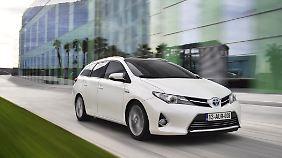 Toyota setzt seit Langem auf Hybrid und schickt den Auris Sports Tourer ins Rennen.