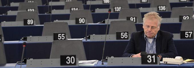 Cohn-Bendit vor einer Sitzung des EU-Parlaments in Straßburg.