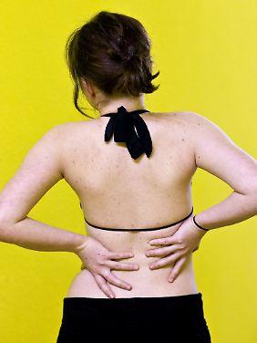 Langanhaltende Rückenschmerzen belasten auch die Seele.