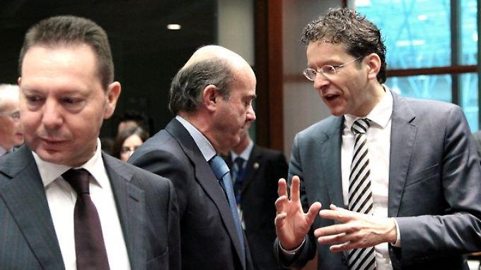 Viel Gesprächsstoff: die Finanzminister Griechenlands, Spaniens und der Niederlande: Yannis Stournaras, Luis de Guindos und Jeroen Dijsselbloem.