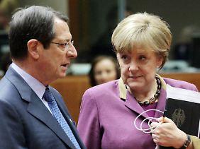 In ständigem Kontakt: Angela Merkel und Nikos Anastasiades.
