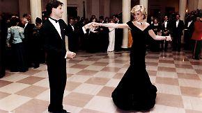 Fast eine Million Auktionserlös: Dianas Kleider heißbegehrt