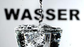 Wasser ist weltweit ein knappes Gut. Zudem ist die Reinhaltung des Wasser bedroht.