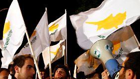 Zyprische Bankenkrise: Zum Teil gerettet