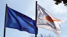 Einigung nach Verhandlungsmarathon: Zypern wird vor der Pleite gerettet