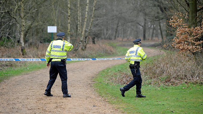 Die britische Polizei schließt Mord noch immer nicht endgültig aus.