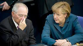 Video: Bundestag stimmt für Rettungspaket