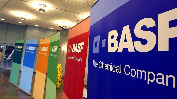 BASF wurde offenbar um eine zweistellige Millionensumme geprellt. Die Staatsanwaltschaft ermittelt.