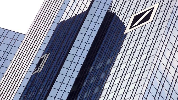 Hinter der Glasfassade brodelt's: Der Start ins Jahr ist gelungen, die Kapitalerhöhung kommt überraschend.
