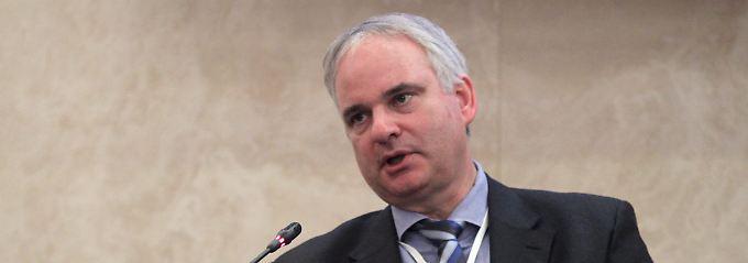 Johannes Teyssen setzt bei Eon ein Sparprogramm durch.