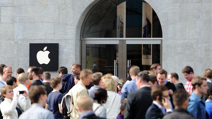 Hype um neuen Berliner Laden: Größter Apple Store Deutschlands eröffnet