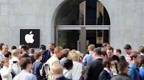 Hype um neuen Laden in Berlin: Größter Apple Store Europas eröffnet