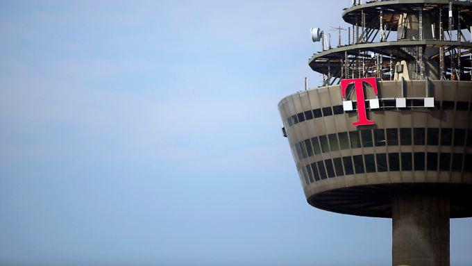 Knickt etwas ein: Die Telekom.