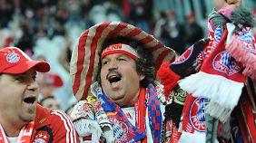 Auch unzählige Bayern-Fans wollen ihr Team in London spielen sehen.