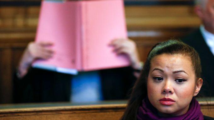 Tina K. kam persönlich zum Prozessauftakt. Sie wollte den Angeklagten in die Augen sehen.