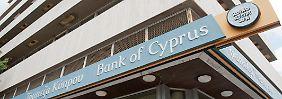 Schlechte Nachricht für die Kunden: Bank of Cyprus erhöht Zwangsabgabe
