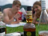 Laut einer Studie beeinflusst Alkohol in der Pubertät den späteren Alkoholkonsum.