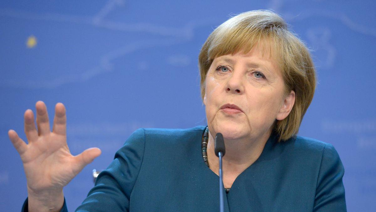 Merkel wieder auf Platz eins